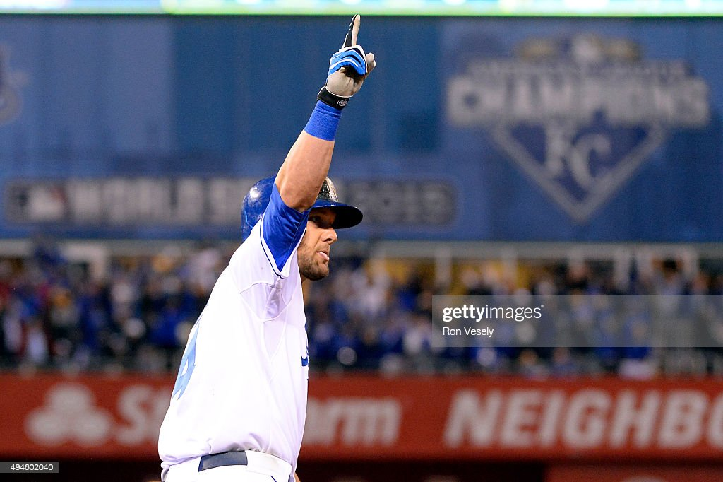 Alex Gordon #4 of the Kansas City Royals rounds the bases after hitting a game tying home run in the bottom of the ninth inning of Game 1 of the 2015 World Series against the New York Mets at Kauffman Stadium on Tuesday, October 27, 2015 in Kansas City, Missouri.