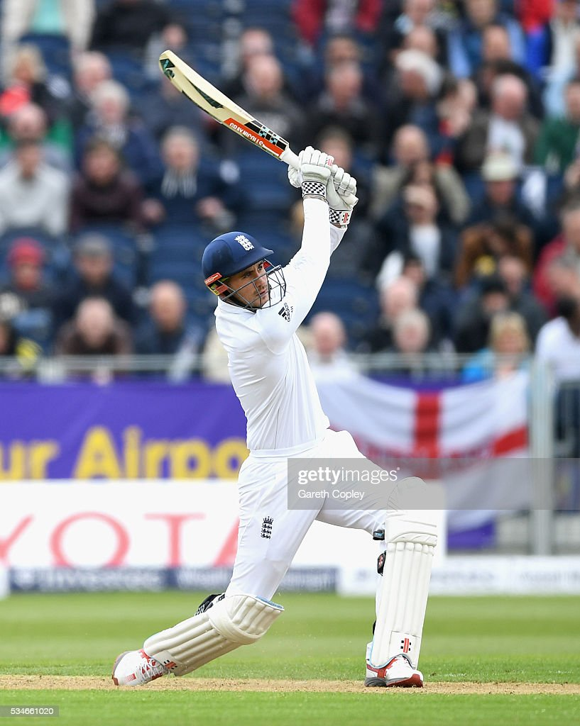 <a gi-track='captionPersonalityLinkClicked' href=/galleries/search?phrase=Alex+Hales&family=editorial&specificpeople=5129140 ng-click='$event.stopPropagation()'>Alex Hales</a> of England bats during day one of the 2nd Investec Test match between England and Sri Lanka at Emirates Durham ICG on May 27, 2016 in Chester-le-Street, United Kingdom.