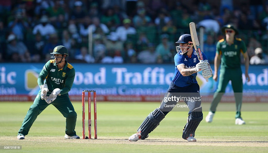 <a gi-track='captionPersonalityLinkClicked' href=/galleries/search?phrase=Alex+Hales&family=editorial&specificpeople=5129140 ng-click='$event.stopPropagation()'>Alex Hales</a> of England bats during the 2nd Momentum ODI between South Africa and England at St George's Park on February 6, 2016 in Port Elizabeth, South Africa.