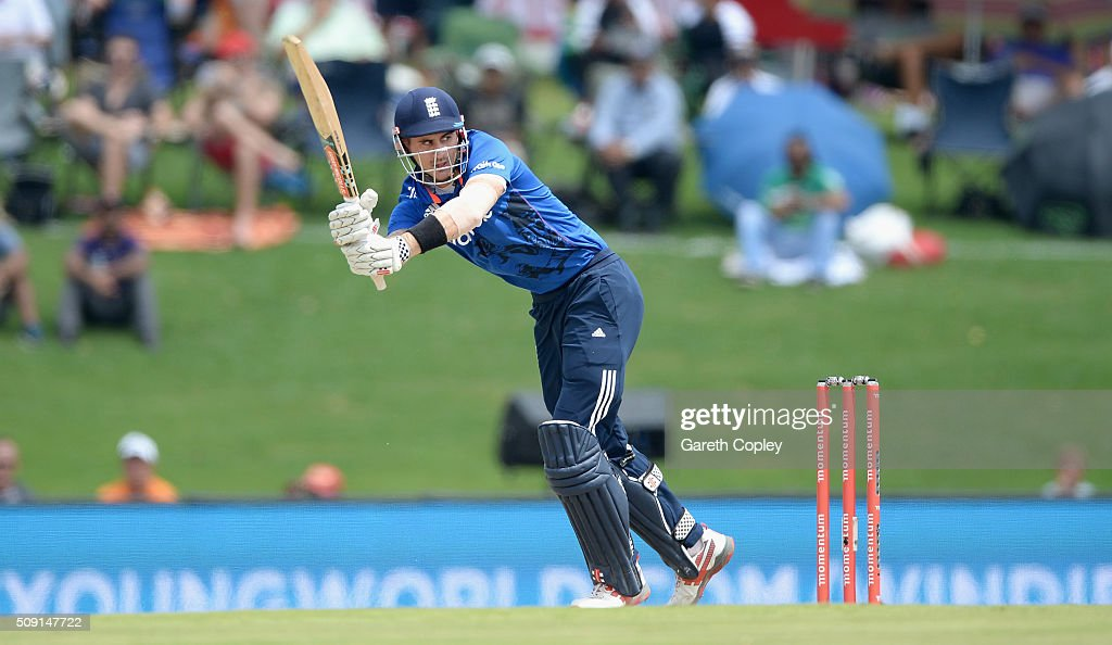 <a gi-track='captionPersonalityLinkClicked' href=/galleries/search?phrase=Alex+Hales&family=editorial&specificpeople=5129140 ng-click='$event.stopPropagation()'>Alex Hales</a> of England bats during the 3rd Momentum ODI match between South Africa and England at Supersport Park on February 9, 2016 in Centurion, South Africa.