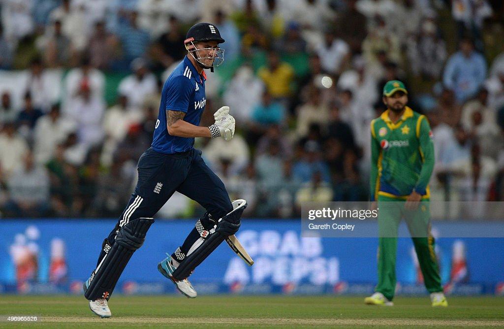 Pakistan v England - 2nd One Day International