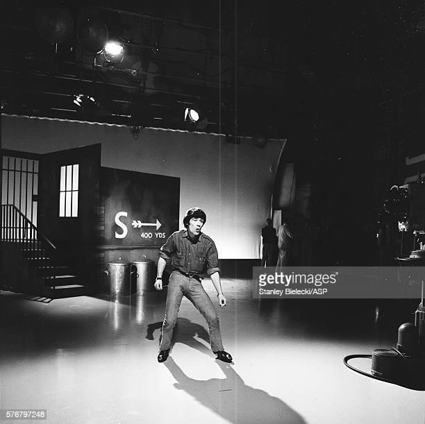 Alex Harvey peforms on TV show London circa 1965