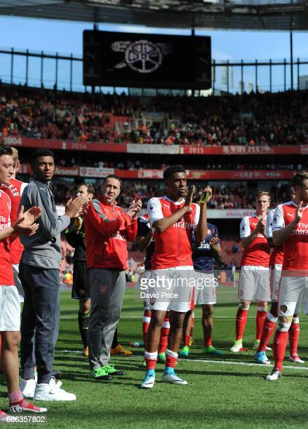 Alex Iwobi David Ospina and Jeff ReineAdelaide of Arsenal clap the fans the Premier League match between Arsenal and Everton at Emirates Stadium on...