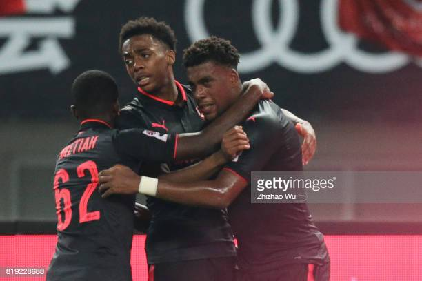 Alex Iwobi of Arsenal FC controls the ball during the 2017 International Champions Cup China match between FC Bayern and Arsenal FC at Shanghai...