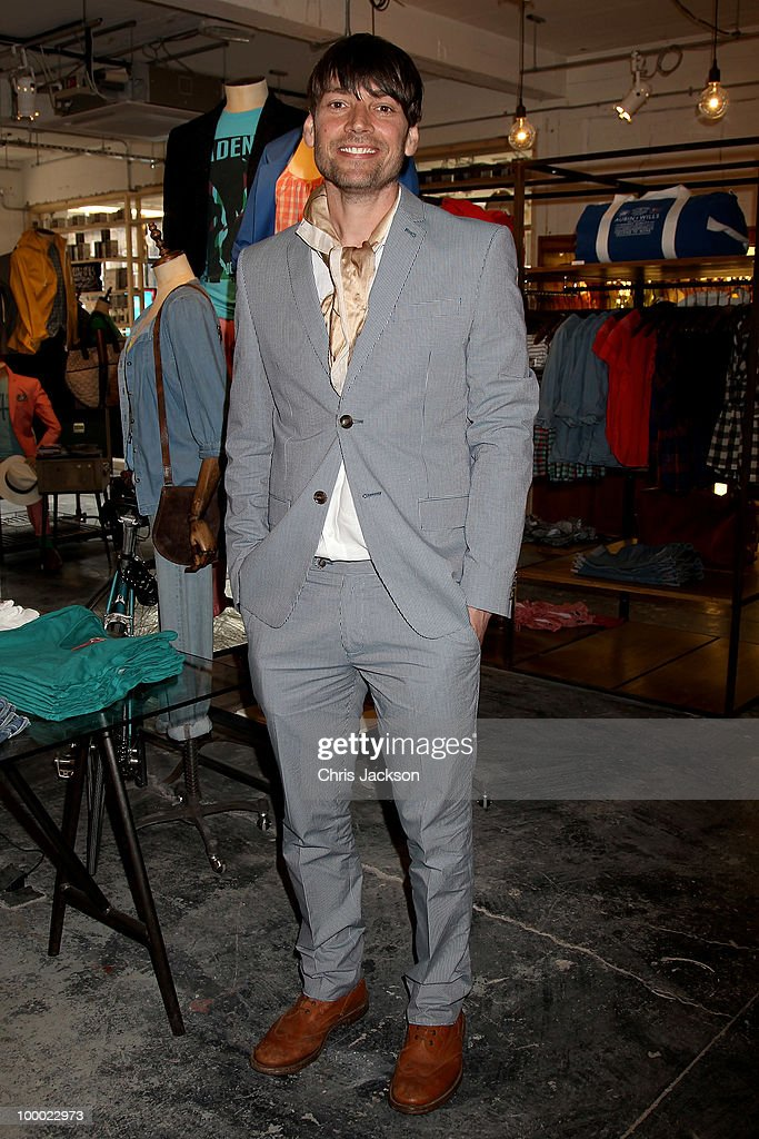 Alex James attends the opening of the new East London Aubin & Wills building in association with Shoreditch House on May 20, 2010 in London, England. The concept store, cinema and gallery space (curated by Stuart Semple) occupies 7500 square feet and launches tonight.