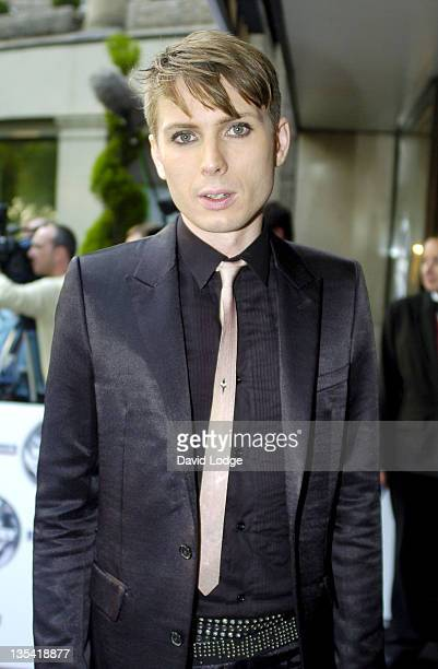 Alex Kapranos from Franz Ferdinand during 2004 Mercury Music Prize Arrivals at Grosvenor House in London Great Britain