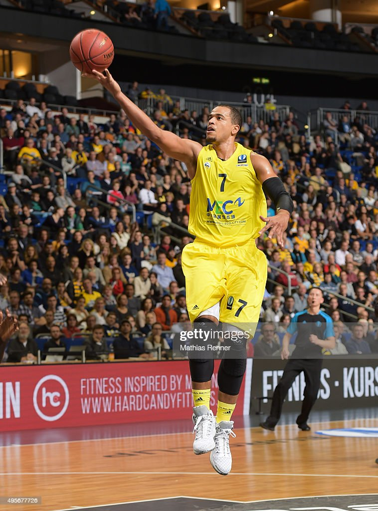 Alex King of ALBA Berlin shoots a lay up during the game between Alba Berlin and Herbalife Gran Canaria on November 4 2015 in Berlin Germany