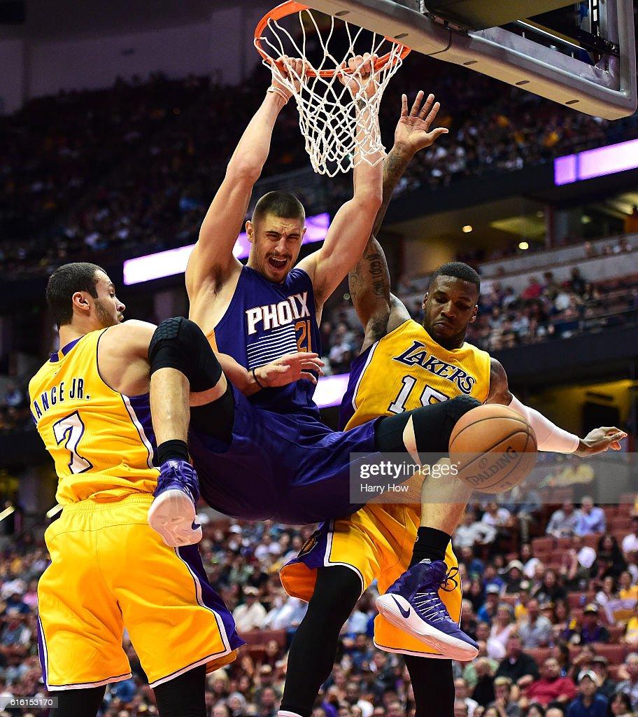 Larry Nance Basketball Player Born 1993 s – of Larry