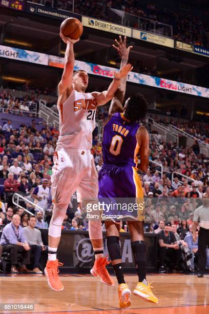 Alex Len of the Phoenix Suns shoots the ball during a game against the Los Angeles Lakers on March 9 2017 at Talking Stick Resort Arena in Phoenix...