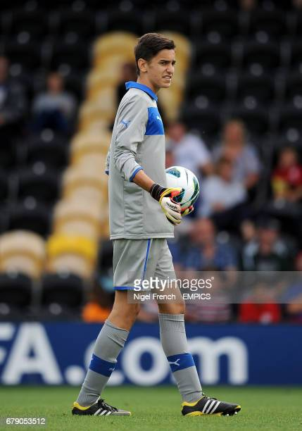 Alex Meret Italy goalkeeper