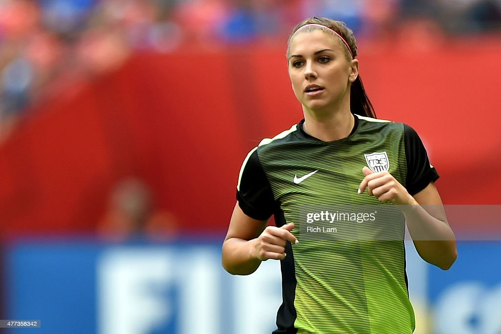 Fort Morgan (CO) United States  city photos : Alex Morgan #13 of the United States warms up before taking on Nigeria ...