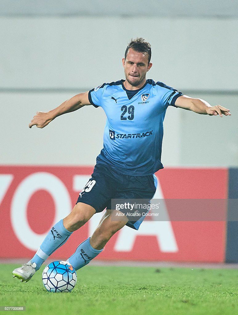 Alex Mullen of Sydney FC in action during the AFC Asian Champions League match between Guangzhou Evergrande FC and Sydney FC at Tianhe Stadium on May 3, 2016 in Guangzhou, China.