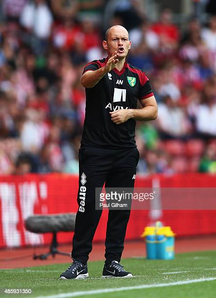 Alex Neil manager of Norwich City gives instructions during the Barclays Premier League match between Southampton and Norwich City at St Mary's...