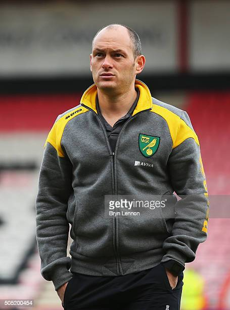 Alex Neil Manager of Norwich City inspects the pitch prior to the Barclays Premier League match between AFC Bournemouth and Norwich City at the...