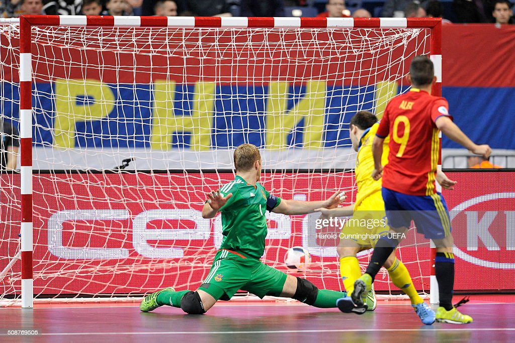 Alex of Spain scores a goal during the UEFA Futsal EURO 2016 match between Ukraine and Spain at Arena Belgrade on February 6, 2016 in Belgrade, Serbia.