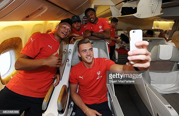Alex Oxlade Chamberlain Kieran Gibbs Calum Chambers Aaron Ramsey and Chuba Akpom of Arsenal take a selfie as they travel to Singapore for the...