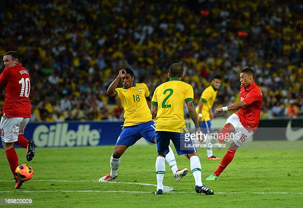 Alex Oxlade Chamberlain of England scores the equalising goal during the International Friendly match between England and Brazil at Maracana on June...