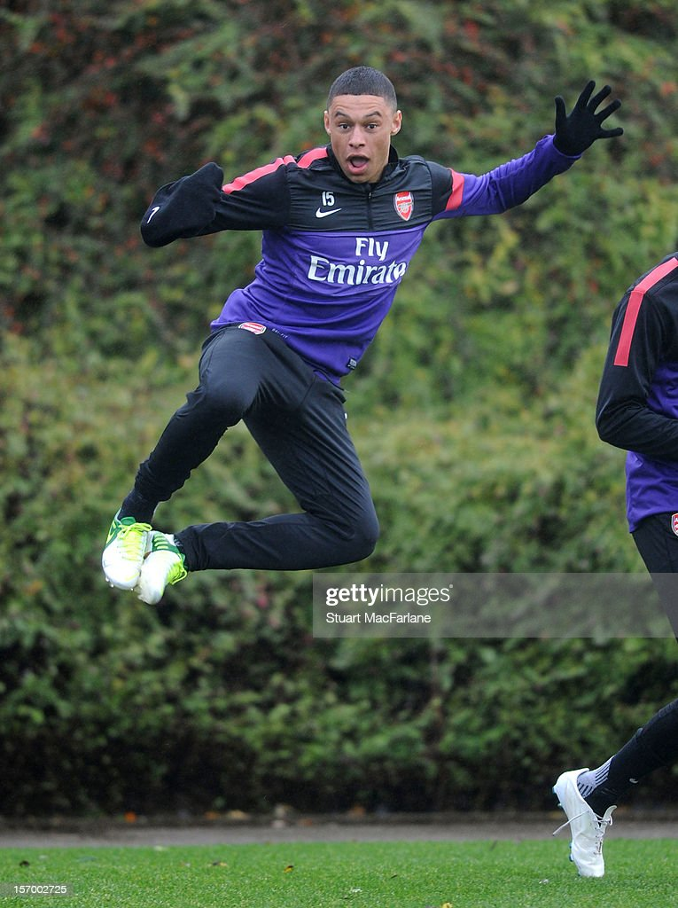 <a gi-track='captionPersonalityLinkClicked' href=/galleries/search?phrase=Alex+Oxlade-Chamberlain&family=editorial&specificpeople=7191518 ng-click='$event.stopPropagation()'>Alex Oxlade-Chamberlain</a> of Arsenal during a training session at London Colney on November 27, 2012 in St Albans, England.