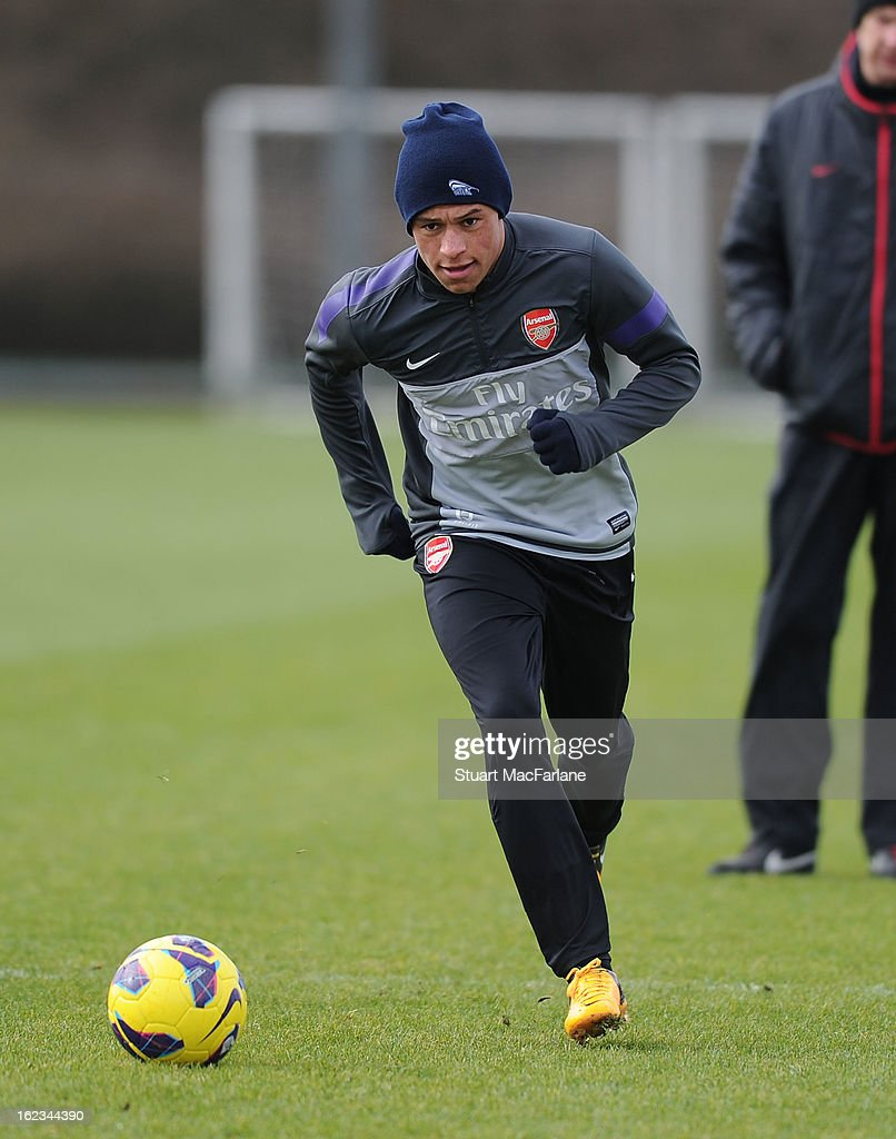 <a gi-track='captionPersonalityLinkClicked' href=/galleries/search?phrase=Alex+Oxlade-Chamberlain&family=editorial&specificpeople=7191518 ng-click='$event.stopPropagation()'>Alex Oxlade-Chamberlain</a> of Arsenal during a training session at London Colney on February 22, 2013 in St Albans, England.