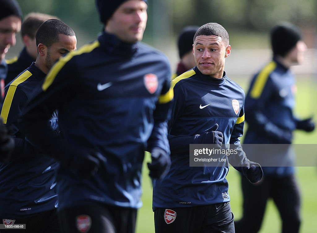 <a gi-track='captionPersonalityLinkClicked' href=/galleries/search?phrase=Alex+Oxlade-Chamberlain&family=editorial&specificpeople=7191518 ng-click='$event.stopPropagation()'>Alex Oxlade-Chamberlain</a> of Arsenal during a training session at London Colney on March 12, 2013 in St Albans, England.