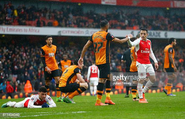 Alex OxladeChamberlain of Arsenal reacts after missing a chance during the Emirates FA Cup fifth round match between Arsenal and Hull City at the...