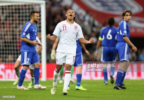 Alex OxladeChamberlain of England celebrates after scoring his team's fifith goal during the FIFA 2014 World Cup Group H qualifying match between...