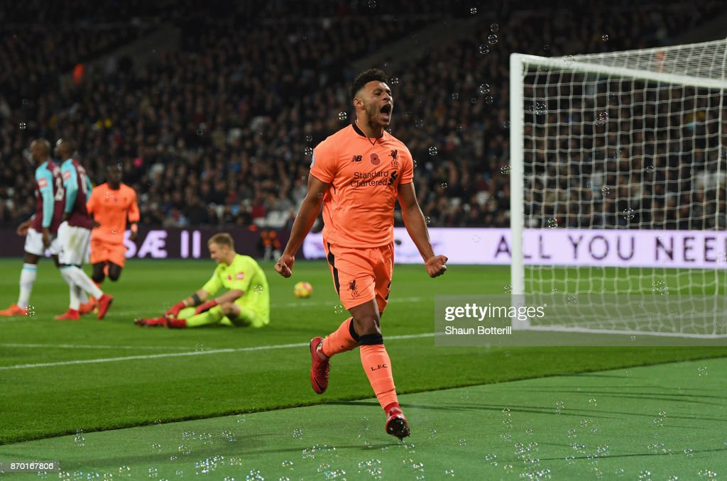 Alex Oxlade-Chamberlain of Liverpool celebrates scoring his sides third goal during the Premier League match between West Ham United and Liverpool at London Stadium on November 4, 2017 in London, England.