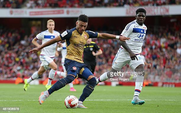 Alex OxladeChamberlain scores the second Arsenal goal during the Emirates Cup match between Arsenal and Olympique Lyonnais at the Emirates Stadium on...