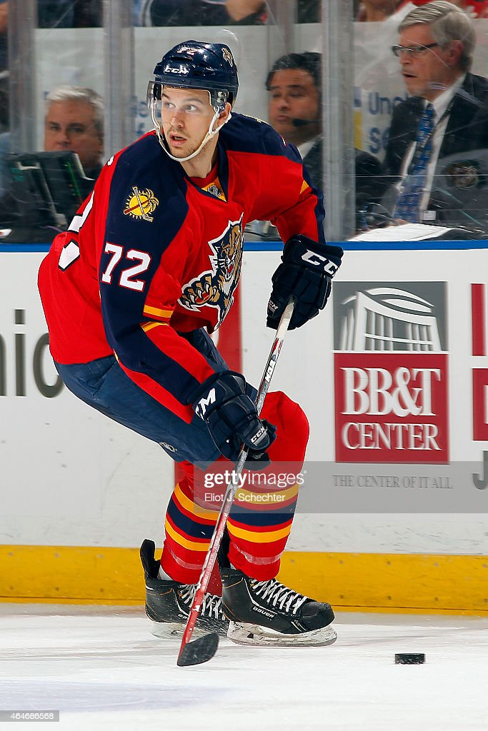 <a gi-track='captionPersonalityLinkClicked' href=/galleries/search?phrase=Alex+Petrovic&family=editorial&specificpeople=8639704 ng-click='$event.stopPropagation()'>Alex Petrovic</a> #72 of the Florida Panthers skates with the puck against the Chicago Blackhawks at the BB&T Center on February 26, 2015 in Sunrise, Florida.