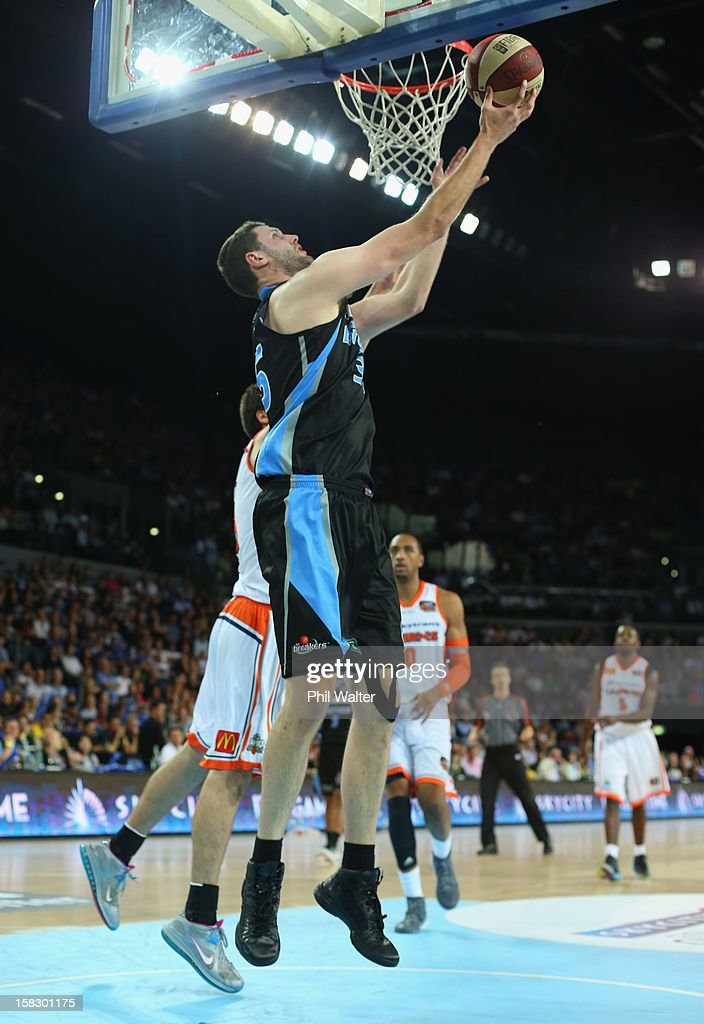 Alex Pledger of the Breakers shoots during the round 11 NBL match between the New Zealand Breakers and the Cairns Taipans at Vector Arena on December 13, 2012 in Auckland, New Zealand.