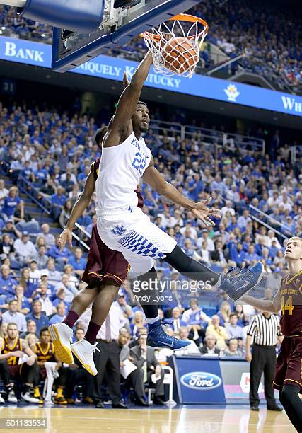 Alex Poythress of the Kentucky Widcats dunks the ball during the game against the Arizona State Sun Devils at Rupp Arena on December 12 2015 in...