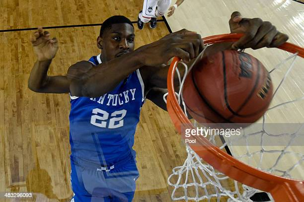 Alex Poythress of the Kentucky Wildcats dunks against the Connecticut Huskies during the NCAA Men's Final Four Championship at ATT Stadium on April 7...