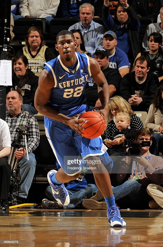 Alex Poythress #22 of the Kentucky Wildcats plays against the Vanderbilt Commodores at Memorial Gym on January 11, 2014 in Nashville, Tennessee.