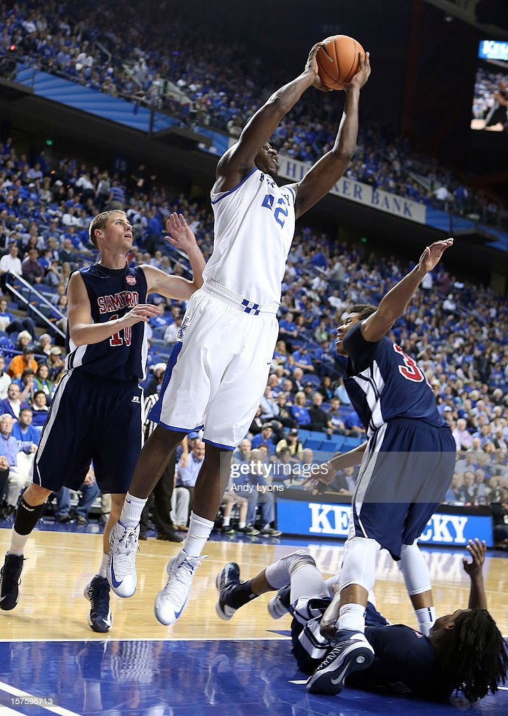 Alex Poythress #22 of the Kentucky Wildcats shoots the ball during the game against the Samford Bulldogs at Rupp Arena on December 4, 2012 in Lexington, Kentucky. Kentucky won 88-56.