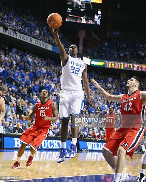 Alex Poythress of the Kentucky Wildcats shoots the ball during the game against the Georgia Bulldogs at Rupp Arena on January 25 2014 in Lexington...