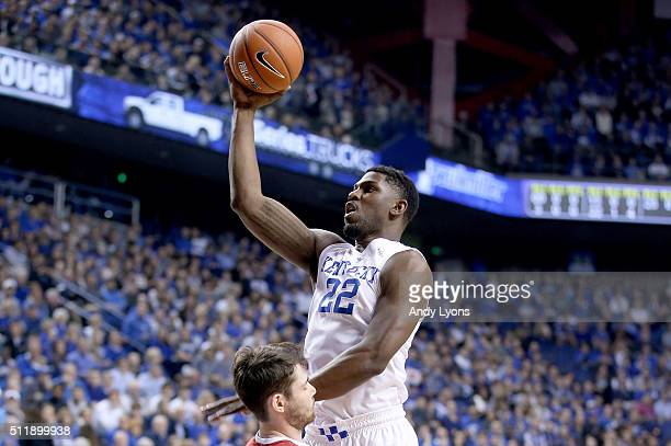 Alex Poythress of the Kentucky Wildcats shoots the ball during the game against the Alabama Crimson Tide at Rupp Arena on February 23 2016 in...