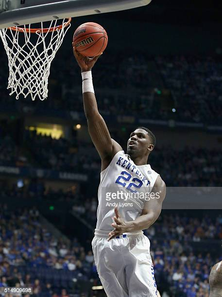Alex Poythress of the Kentucky Wildcats shoots the ball in the game against the Alabama Crimson Tide during the quarterfinals of the SEC Basketball...
