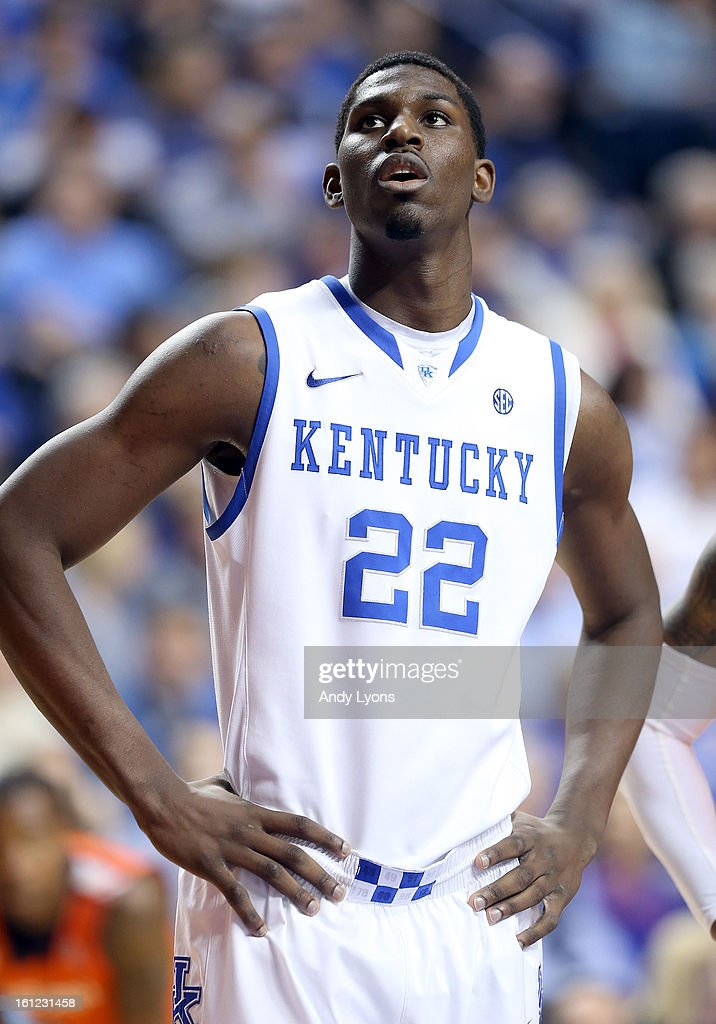 <a gi-track='captionPersonalityLinkClicked' href=/galleries/search?phrase=Alex+Poythress&family=editorial&specificpeople=7880790 ng-click='$event.stopPropagation()'>Alex Poythress</a> #22 of the Kentucky Wildcats watches a free throw during the game against the Auburn Tigers at Rupp Arena on February 9, 2013 in Lexington, Kentucky.