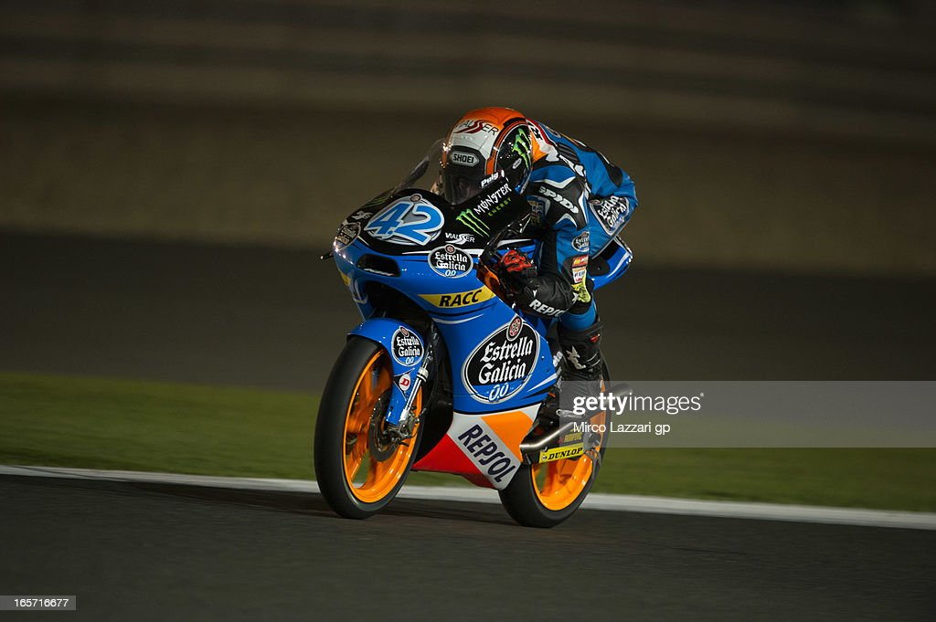Alex Rins of Spain and Estrella Galicia 0'0 heads down a straight during the MotoGp of Qatar - Free Practice at Losail Circuit on April 5, 2013 in Doha, Qatar.
