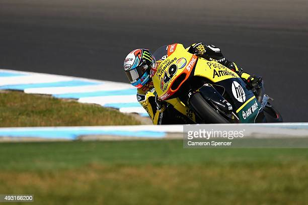 Alex Rins of Spain and Paginas Amarillas HP 40 rides during the Moto2 race during the 2015 MotoGP of Australia at Phillip Island Grand Prix Circuit...