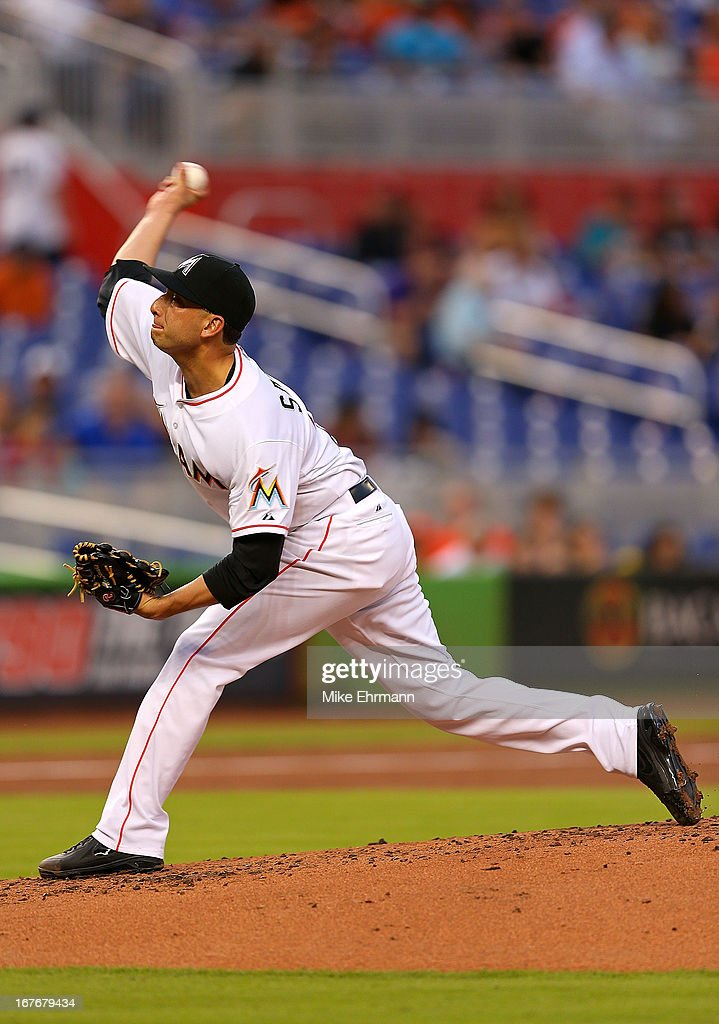 Alex Sanabia #28 of the Miami Marlins pitches during a game against the Chicago Cubs at Marlins Park on April 27, 2013 in Miami, Florida.