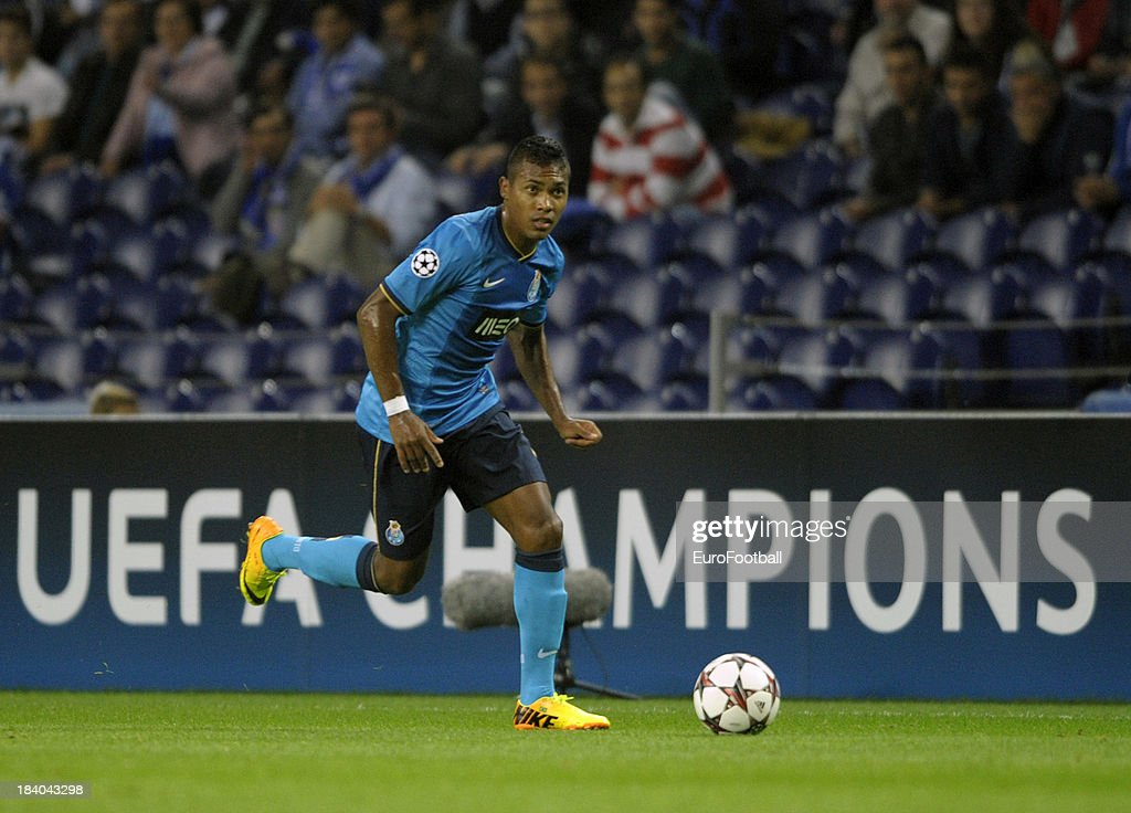 Alex Sandro of FC Porto in action during the UEFA Champions League group stage match between FC Porto and Club Atletico de Madrid held on October 1, 2013 at the Estadio do Dragao, in Porto, Portugal.