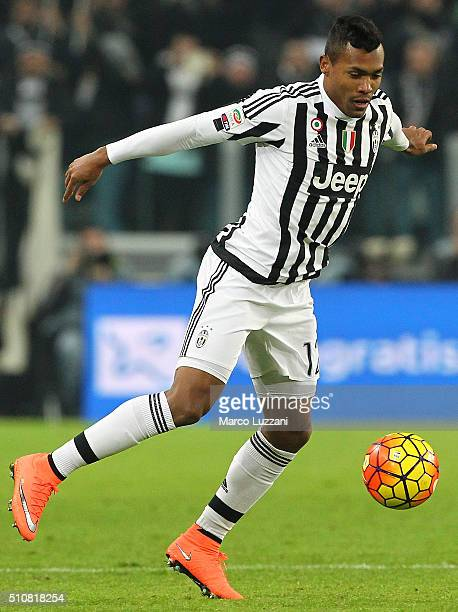 Alex Sandro of Juventus FC in action during the Serie A match between and Juventus FC and SSC Napoli at Juventus Arena on February 13 2016 in Turin...