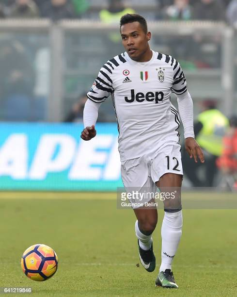 Alex Sandro of Juventus FC in action during the Serie A match between US Sassuolo and Juventus FC at Mapei Stadium Citta' del Tricolore on January 29...