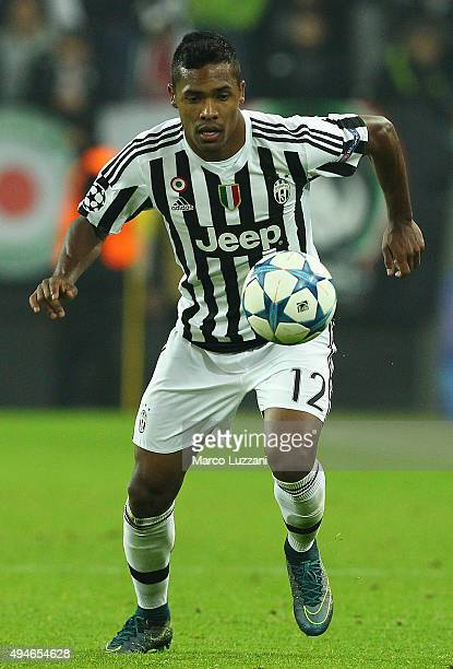 Alex Sandro of Juventus FC in action during the UEFA Champions League group stage match between Juventus and VfL Borussia Moenchengladbach at...