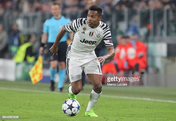 Alex Sandro of Juventus FC in action during the UEFA Champions League Round of 16 second leg match between Juventus and FC Porto at Juventus Stadium...