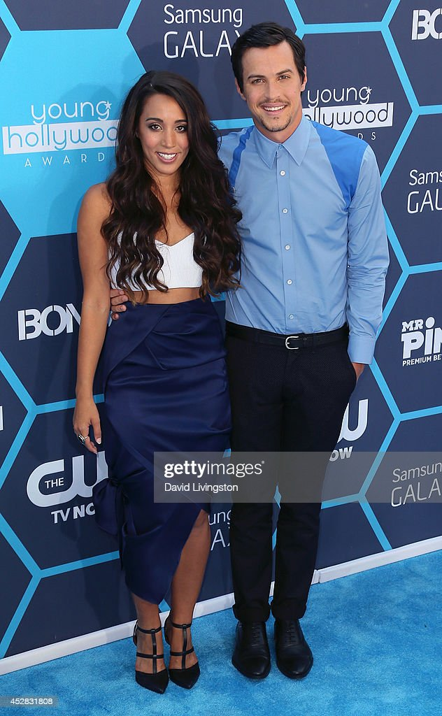 Alex & Sierra pop duo members Sierra Deaton (L) and Alex Kinsey attend the 16th Annual Young Hollywood Awards at The Wiltern on July 27, 2014 in Los Angeles, California.