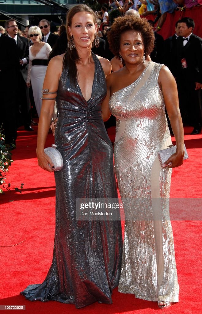 Alex Sykes (L) and comedienne Wanda Sykes attend the 62nd Annual Primetime Emmy Awards at Nokia Theatre Live L.A. on August 29, 2010 in Los Angeles, California.