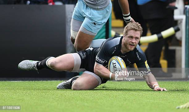 Alex Tait of Newcastle scores the first try during the Aviva Premiership match between Newcastle Falcons and Northampton Saints at Kingston Park on...