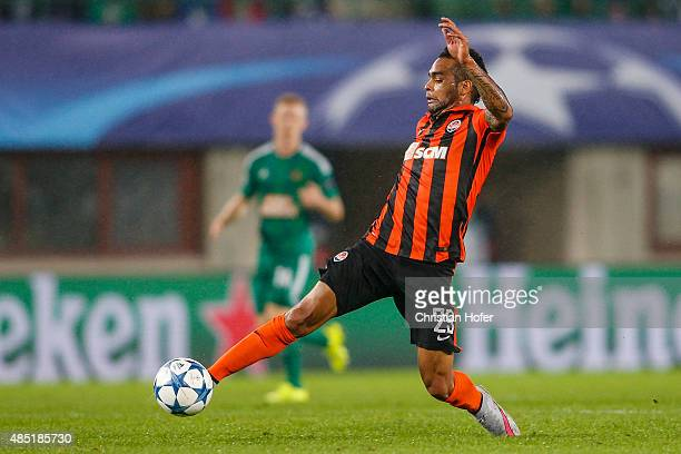 Alex Teixeira of Donetsk controls the ball during the UEFA Champions League Qualifying Round Play Off First Leg match between SK Rapid Vienna and FC...